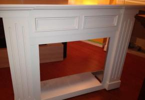 Wood mantel
